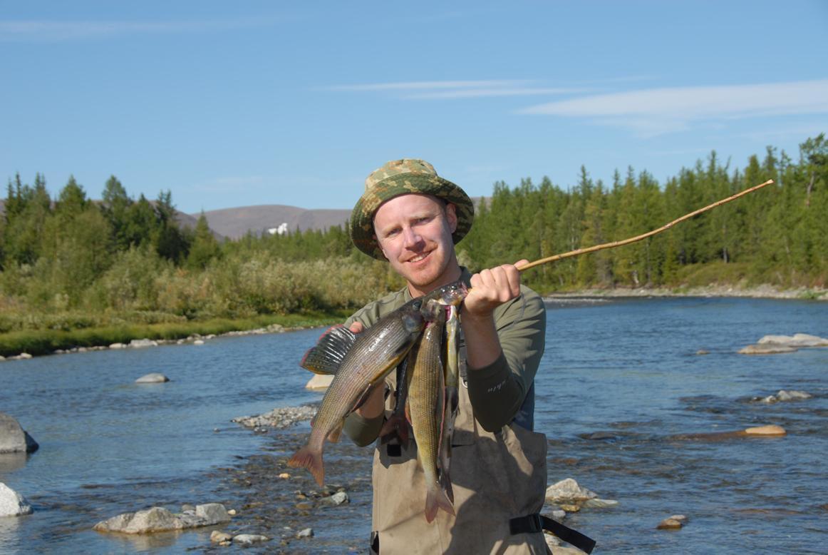 приполярный урал рыбалка на реке
